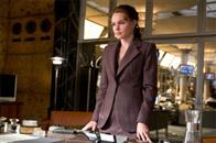 Lois Lane (KATE BOSWORTH) in a scene from Warner Bros. Pictures' and Legendary Pictures' action adventure, <i>Superman Returns</i>.