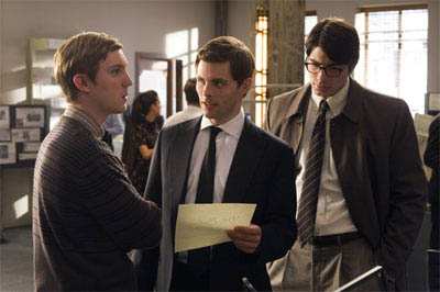 SAM HUNTINGTON as Jimmy Olsen, JAMES MARSDEN as Richard White and BRANDON ROUTH as Clark Kent/Superman in a scene from Warner Bros. Pictures' and Legendary Pictures' action adventure,<br><i>Superman Returns</i>. - Large