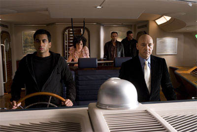 (Left to right) Stanford (KAL PENN), Kitty Kowalski (PARKER POSEY), Grant (VINCENT STONE), Riley (IAN ROBERTS) and Lex Luthor (KEVIN SPACEY) head out to sea in Lex's yacht in Warner Bros. Pictures' and Legendary Pictures' action adventure Superman Returns.