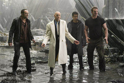 Lex Luthor (KEVIN SPACEY, second from left) prepares his cohorts (left to right) Grant (VINCENT STONE), Stanford (KAL PENN) and Riley (IAN ROBERTS), to confront Superman in Warner Bros. Pictures' and Legendary Pictures' action adventure Superman Returns.