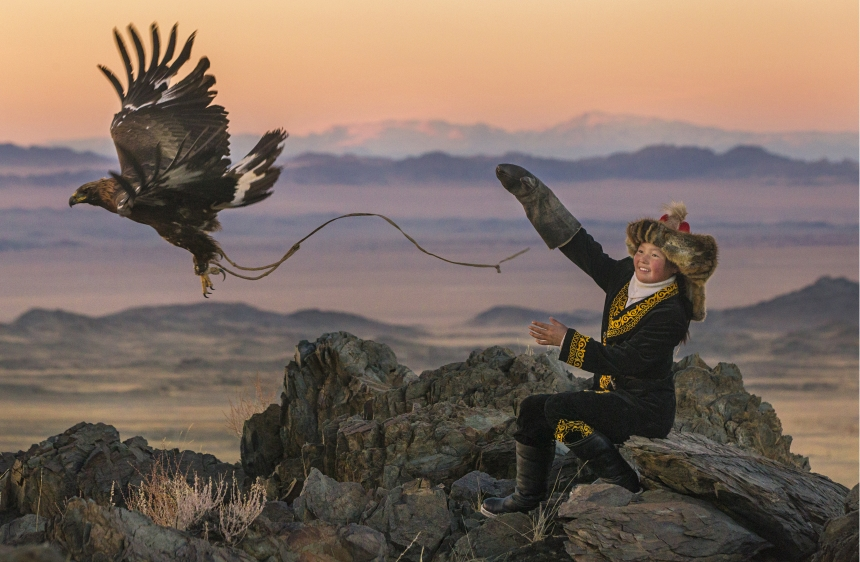 The Eagle Huntress Photo 1 - Large