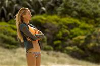 The Shallows Photo 11