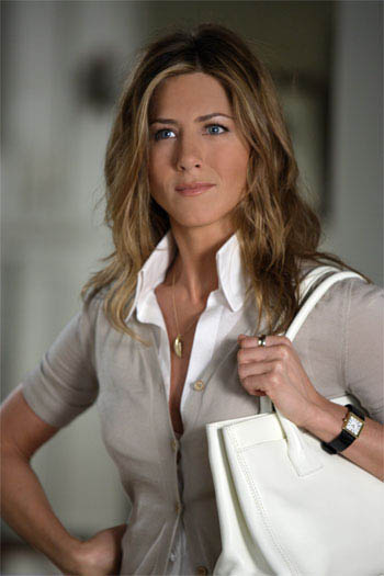 "Brooke's boss, sassy art gallery owner Marilyn Dean (JUDY DAVIS), in the romantic comedy ""The Break-Up"". - Large"