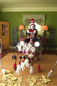 Dr. Seuss' The Cat in the Hat Photo 21