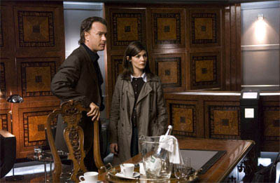 Audrey Tautou (l) and Tom Hanks star in Columbia Pictures