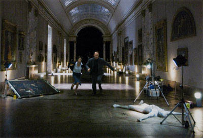 Audrey Tautou (l) and Tom Hanks star in Columbia Pictures' suspense thriller The Da Vinci Code - Large