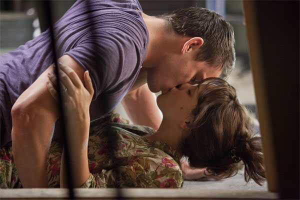 The Vow Photo 8 - Large