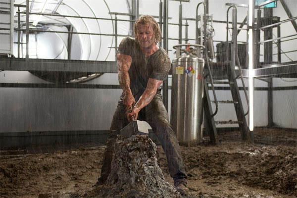 Thor Photo 28 - Large