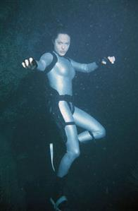 Lara Croft Tomb Raider: The Cradle of Life Photo 24