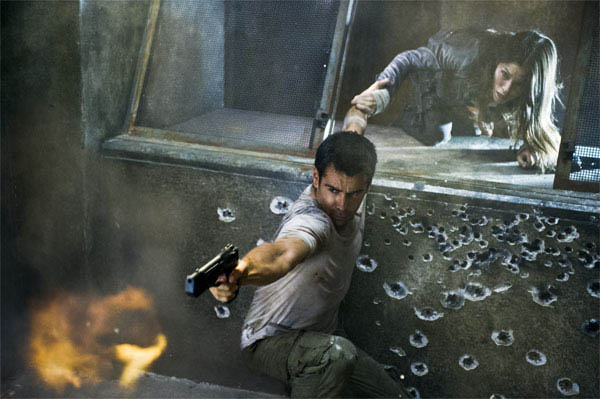 Total Recall Photo 4 - Large