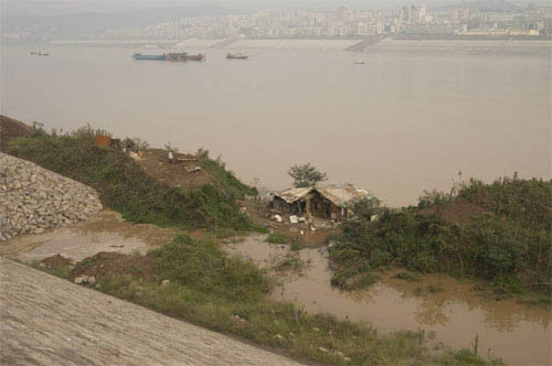 Up the Yangtze Photo 4 - Large