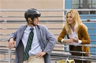 "Molly (KATE HUDSON) and her permanent houseguest Dupree (OWEN WILSON) have a heart-to-heart chat in the comedy ""You, Me and Dupree""."