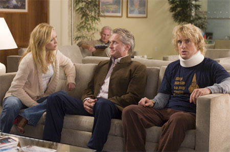 "(L to R) Molly (KATE HUDSON), her doting father Mr. Thompson (MICHAEL DOUGLAS) and recently-wounded Dupree (OWEN WILSON) visit the ER in the comedy ""You, Me and Dupree"".  - Large"
