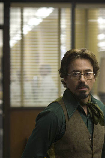 "Paul Avery (ROBERT DOWNEY JR.) is a crime reporter who gets involved with the case of a serial killer in Paramount Pictures and Warner Bros. Pictures' thriller ""Zodiac.""  - Large"