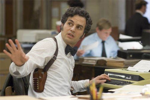 "Inspector Dave Toschi (MARK RUFFALO) has been assigned to the case of a serial killer in Paramount Pictures and Warner Bros. Pictures' thriller ""Zodiac.""  - Large"