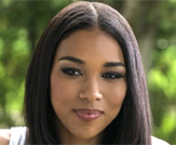 Alexandra Shipp Photo